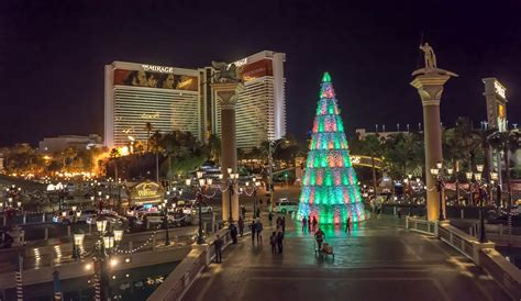 free photo venetian las vegas christmas tree free
