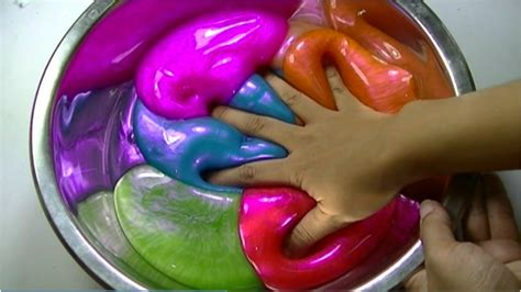 Mixer Warna Pink mixing all my hologram slime and it will be recycled with
