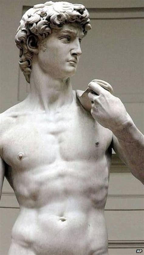 statue david italy up in arms over michelangelo s david rifle advert