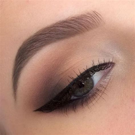 Eyeshadow Simple by Best 25 Neutral Eyeshadow Ideas On Simple