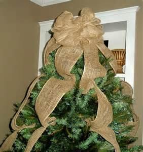 christmas tree decorations using burlap christmas decorating