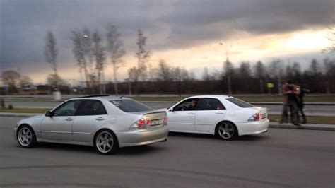 toyota altezza vs lexus is300 altezza vs lexus is200 youtube