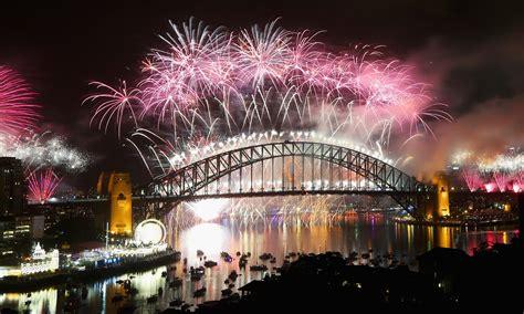 new year fireworks sydney 2014 sydney fireworks beamed to a billion as australians
