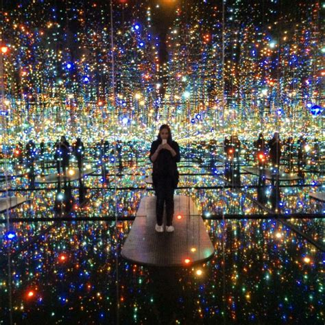 light exhibit nyc brave the cold to see the days of yayoi kusama s