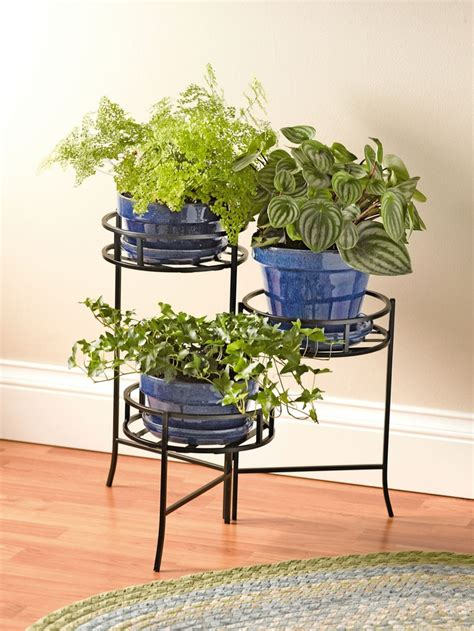 Planter Stands Indoors by Pin By Daniela Pleshka On Exterior Home