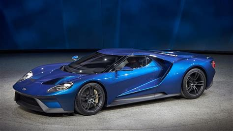 Ford Unveils New Ford GT At NAIAS