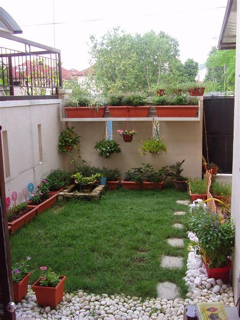 Simple Patio Ideas For Small Backyards 6 Tip Desain Taman Untuk Halaman Sing Yang Sempit Rooang