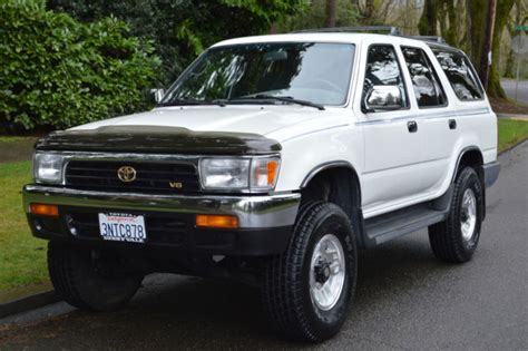 purchase used 1995 toyota 4runner sr5 4x4 5spd manual non smoker clean must sell no reserve 1 owner toyota 4runner sr5 v6 4 door 5 speed manual 4x4 only 116 355 miles for sale