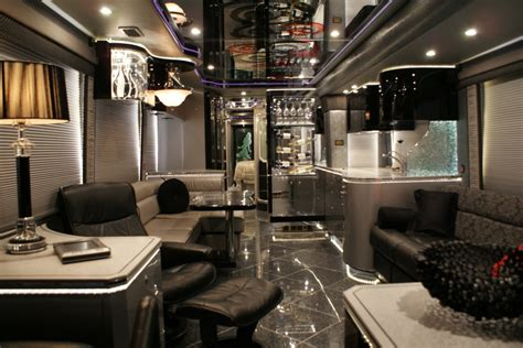 Luxury By Design Fifth Wheel - used luxury rv layout towable us