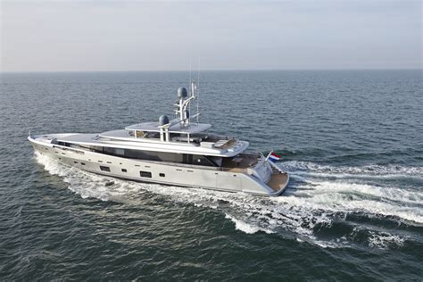 feadship como feadship and the art of glass feadship royal dutch shipyards
