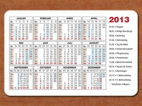Design Vorlagen Kalender Gratis Kalender 2012 In Din A4 12 Monate Auf
