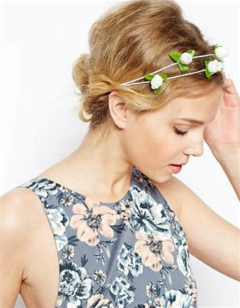 hair cut for ladies in garland 11 beautiful hairstyles with hair accessories for 2014