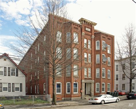 appartments in manchester faucher apartments manchester nh apartment finder