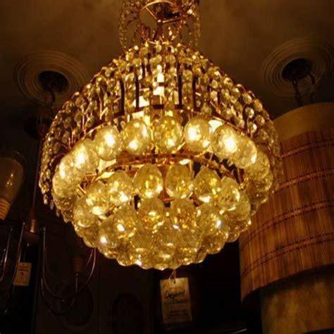 Jhumar In Living Room صور ثريات مودرن جديدة كريستال بأشكال ناعمة ميكساتك