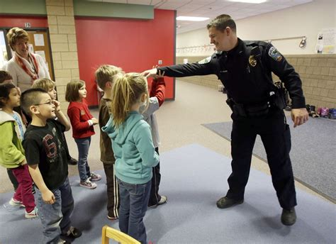 School Officer why school violence is on the rise with images