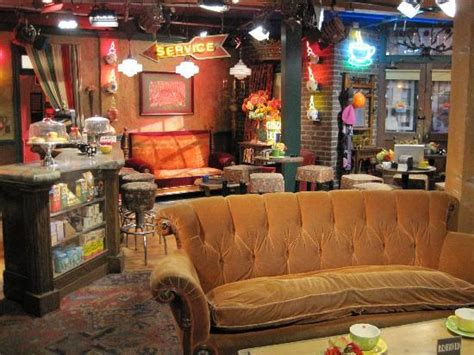 The Big Bang Theory Apartment Friends Set Picture Of Warner Bros Studio Tour