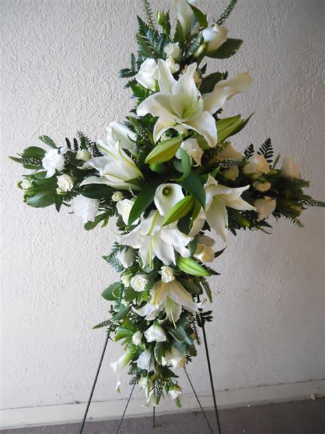 flower arrangements for funeral green valley floral difference between funeral flowers sympathy flowers