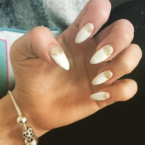 Nail And by White And Gold Glitter Nail Designs Www Imgkid The