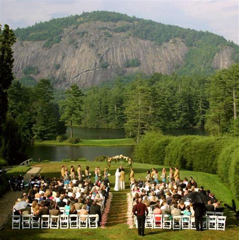 Wow! What a setting for a wedding ceremony in the