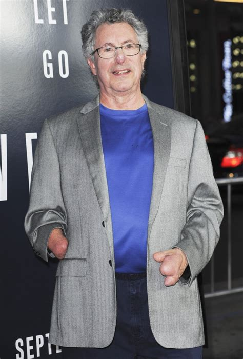 film everest premiera beck weathers picture 2 film premiere of everest
