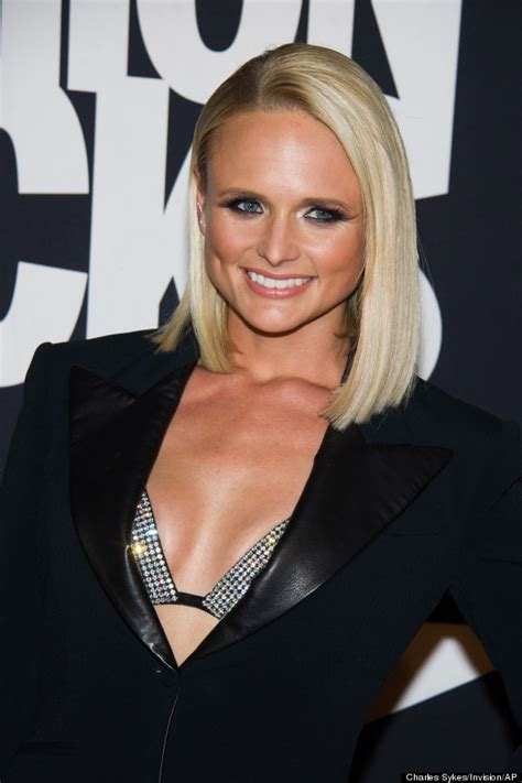 oldtime country singers outrageous hair styles miranda lambert turns heads in bra top at fashion rocks