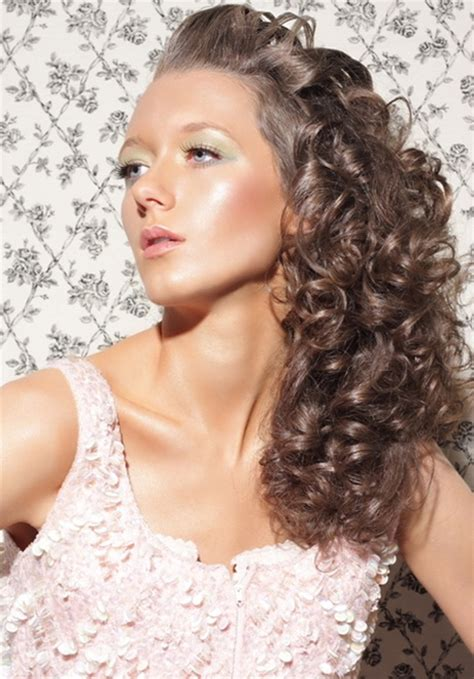 hairstyles curly thick frizzy hair hairstyles for thick curly frizzy hair