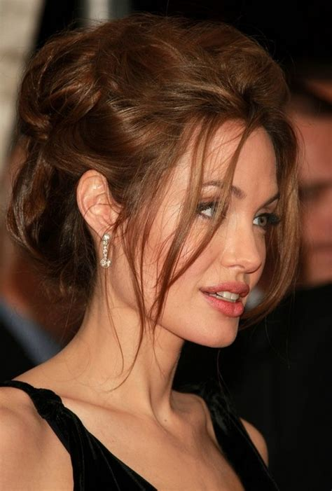 messy updo for long hair that take 5 minutes 33 angelina jolie hairstyles angelina jolie hair pictures