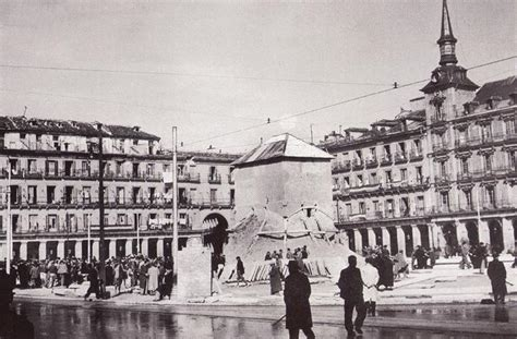 madrid en guerra la la druida de madrid la plaza mayor de madrid durante la guerra civil