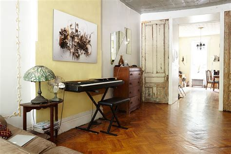 The history of New York?s railroad apartment   6sqft