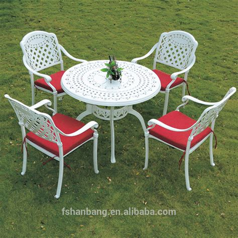 cast aluminum patio table and chairs accent cast aluminum restaurant