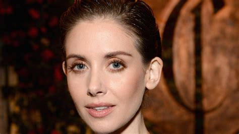 alison brie workout alison brie s workout the badass workout machine alison