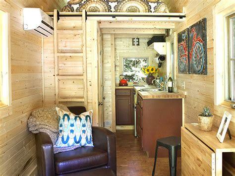 home interior solutions 200万円で一軒家を手作り アメリカで 小さなおうち ブーム到来 押して 押して 押し倒されろ