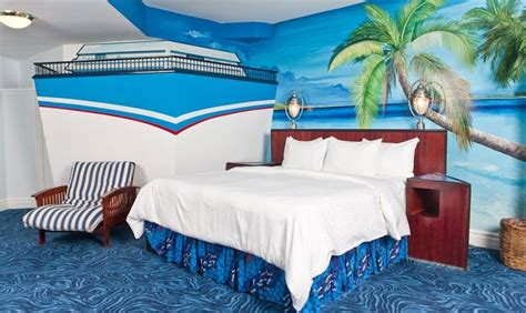 themed hotel rooms edmonton waterpark theme fantasyland hotel west edmonton mall