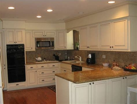Kitchen Bulkhead Ideas Kitchen Bulkhead Decorating Ideas With Painted Beadboard And Trims Decolover Net