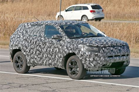 jeep patriot 2018 spied jeep compass and patriot replacement due for 2018