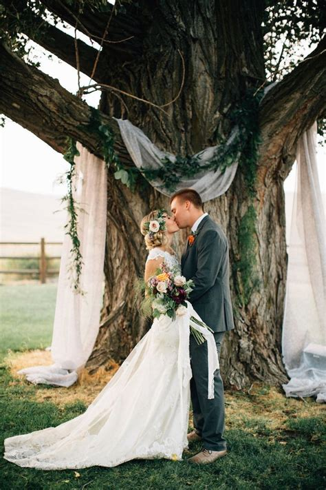 Wedding Backdrop Trees by 25 Best Ideas About Tree Decorations Wedding On