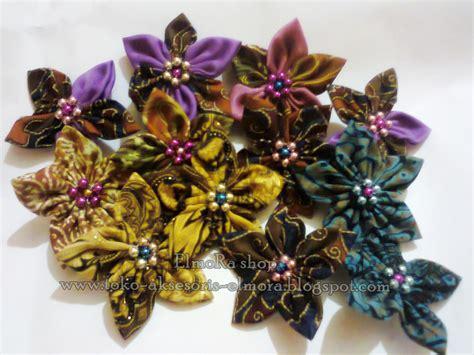 Nomor Cantik As Pas Buat Semua Murah 085 229 22 3337 bros kain bunga batik bros kain jilbab cantik bros kain perca murah souvenir pernikahan bros
