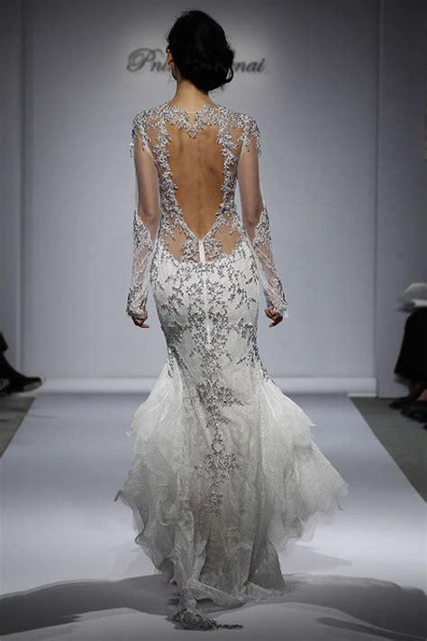 designers choice decor option wedding to go key west from catwalk to aisle 10 key wedding dress trends for