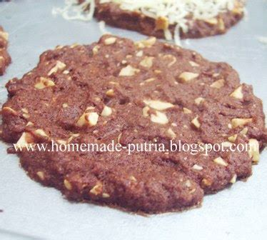Coffee Toffee Magelang order chocolate cookies for souvenir from bapak bruns