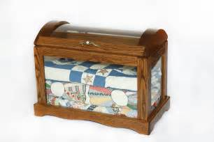 Curio Quilt Cabinet Product Info