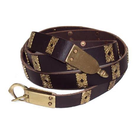 leather belt with quatrefoils