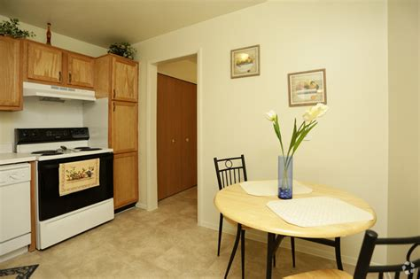 3 bedroom apartments in southfield mi pointe o woods apartments rentals southfield mi