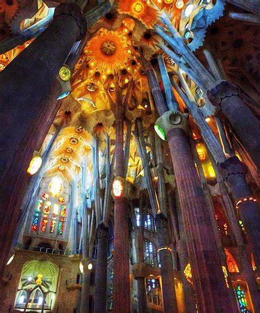 interior de la sagrada familia interior bas 237 lica de la sagrada familia barcelona
