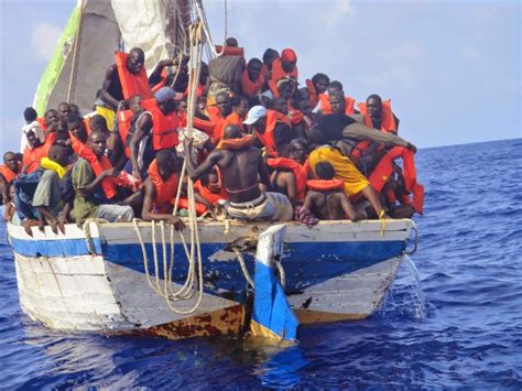 boat ride from miami to freeport bahamas illegal immigrants captured in west end bahamaspress