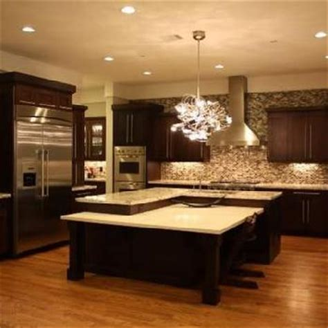 Kitchen Backsplash Glass Tile Design Ideas by Dark Chocolate Kitchen Cabinets Design Ideas
