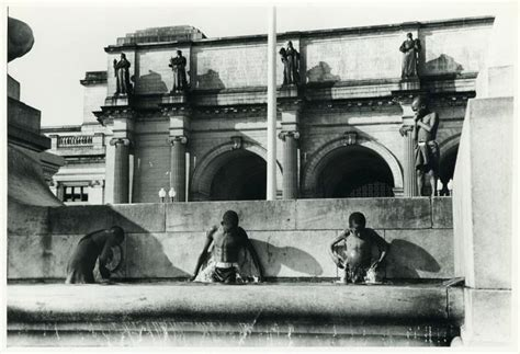 haircuts near union station dc marion post wolcott swimming in fountain across from