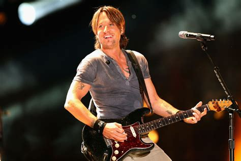 country music videos released in 2013 keith urban to perform for yahoo 226 s ram country live