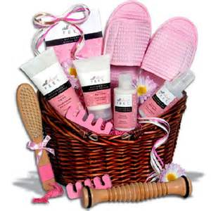 bridal shower gift basket ideas wedding gift basket ideas invitations ideas