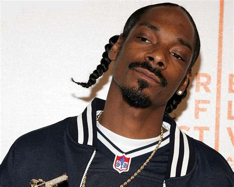 how is snoop snoop dogg kicked out of by members rap basement