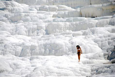 pamukkale hot springs natural infinity hot springs pool in pamukkale